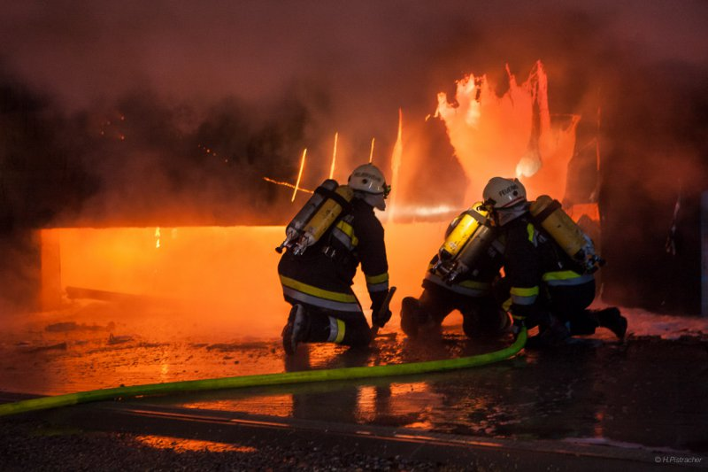 Garagenbrand in der Triesneckergasse