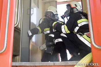 Handbuch Feuerwehreinsatz im Gleisbereich V2